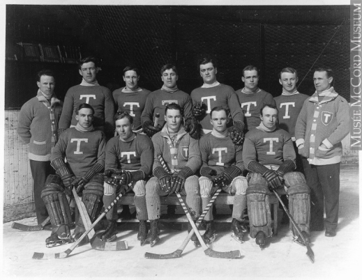 Black-and-white photo of the Toronto Blueshirts in 1914.